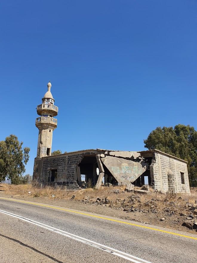 המסגד הנטוש בחושנייה