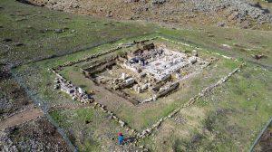 בית הכנסת העתיק במרות ינואר 2017