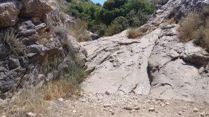 מגלשת האבן בנחל מערה