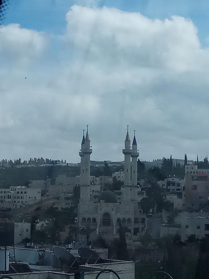 המסגד הציצני באבו גוש.