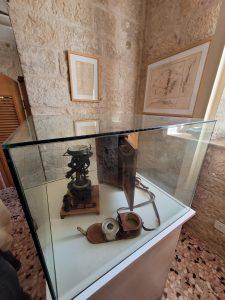 מכשיר המדידה כפי שמוצג כיום במוזיאון